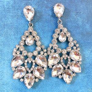 Cherryl's Jewelry - NEW STOCK Dramatic Clear Chandelier Earrings